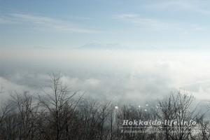 旭川市と雲海~嵐山展望台から見た霧の世界