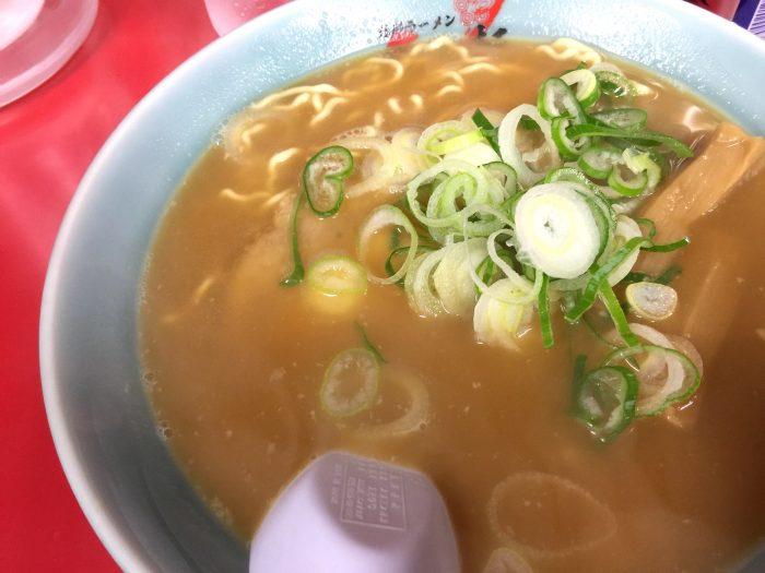 梅光軒の醤油ラーメン 麺固め油抜き